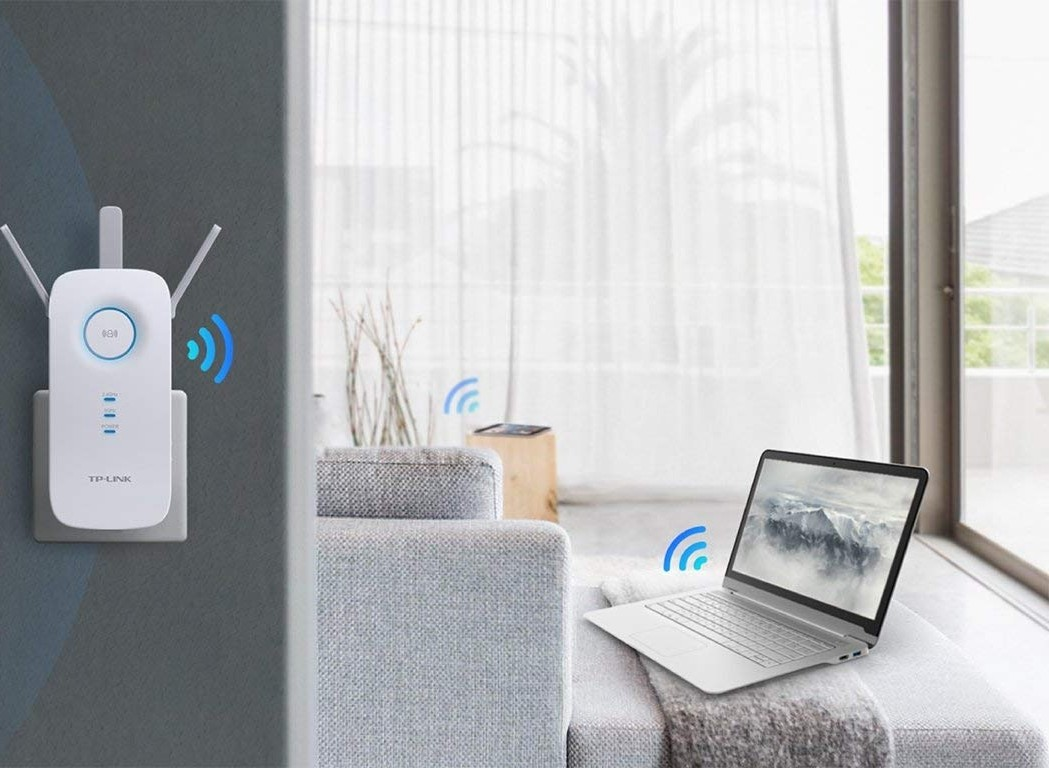 TP LINK RE355 AC1200 300Mbps on 2 4GHz + 867Mbps on 5GHz totals 1200Mbps Wi  Fi speeds Wireless Dual