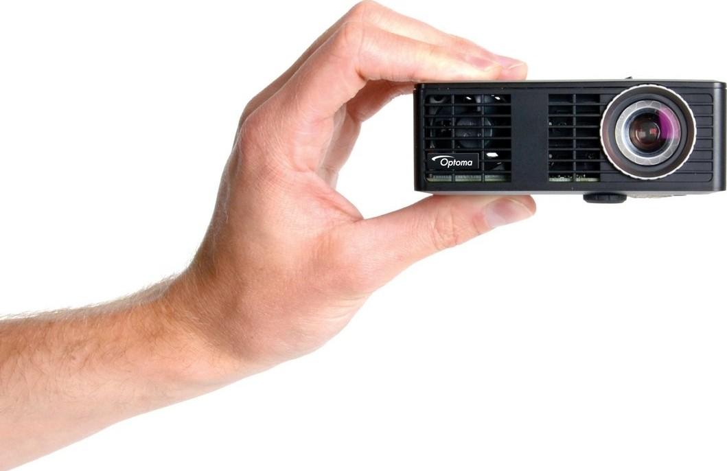 Optoma ML750e WXGA Ultra portable lightweight LED Home Cinema Projector,  1080p, compatibility 17
