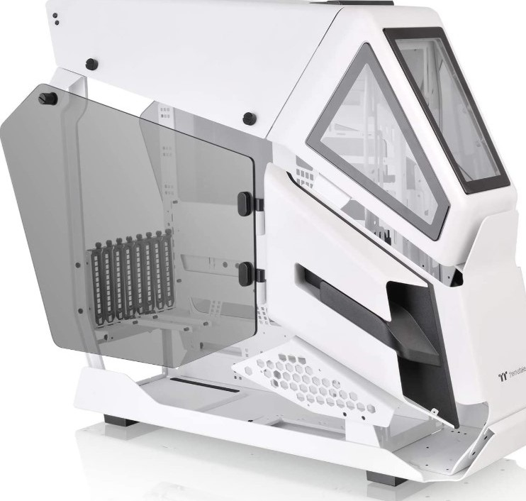 Thermaltake AH T600 Snow Helicopter Styled Open Frame